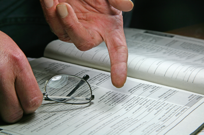 iStock_pointing at contract